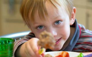 Аллергия на мясо у ребенка: симптомы и причины